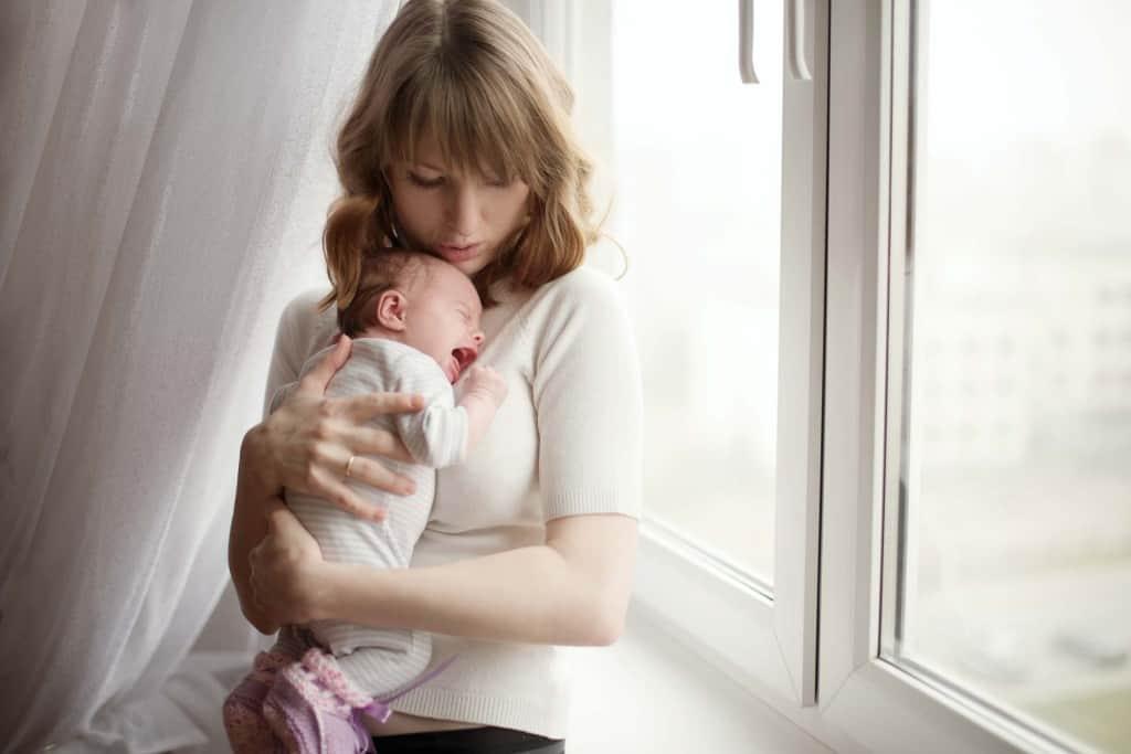 Flora intestinale. La funzione dei probiotici nei bambini per il benessere della flora intestinale. I probiotici e il latte artificiale. Le cause delle colichette e l'utilità dei probiotici.